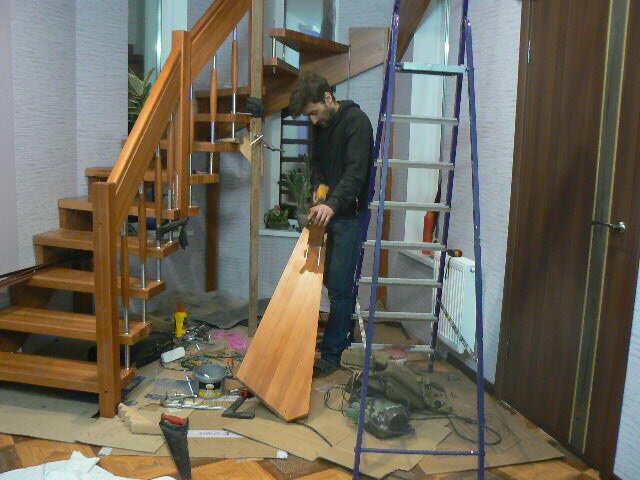 сотрудников установка лестницы деревянной цена за работу популярные них описываются